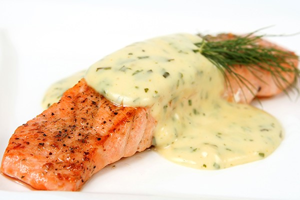Salmon with Lemon Dill Sauce
